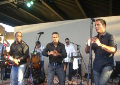 Band singing